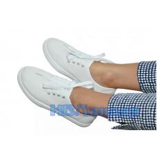 Слипоны белые на шнурках женские